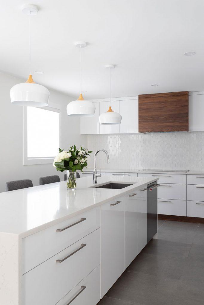Ainsley-Design-Res-Croissant-Suede-cuisine3