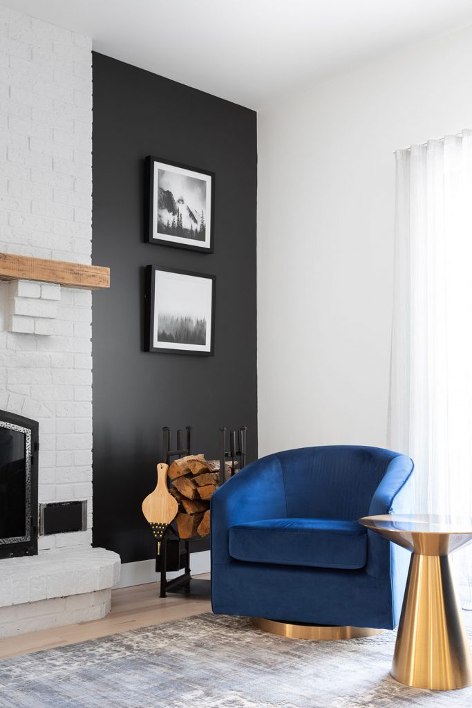 Ainsley-Design-Res-Croissant-Suede-salon4